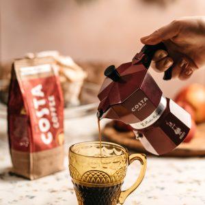 šalica-kave-costa-coffee-moka-dva-srca-kuhača