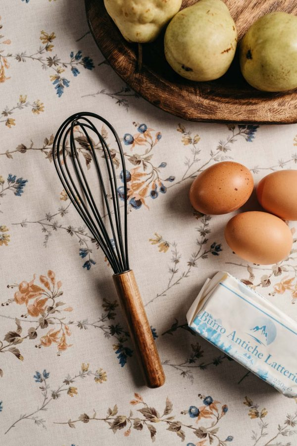 pjenjača-za-kolače-jaja-maslac-dva-srca-kuhača