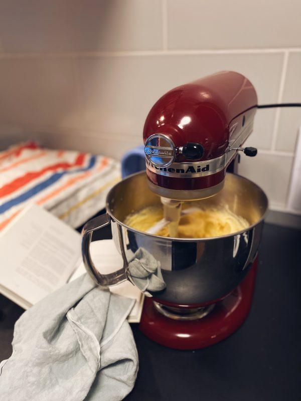tijesto-za-krafne-priprema-dva-srca-kuhača
